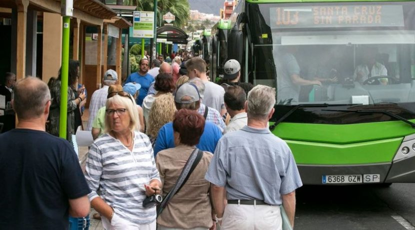 The long-distance Tenerife bus lines added 2.8 million users in 2017