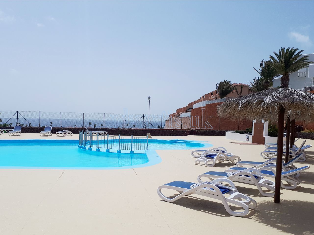 2 bedroom apartment for sale in Golf del Sur Tenerife €152.000