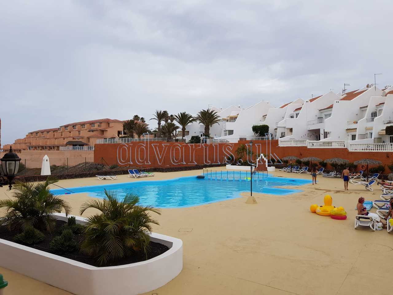 2 bedroom apartment for sale in Golf del Sur, Tenerife €152.000