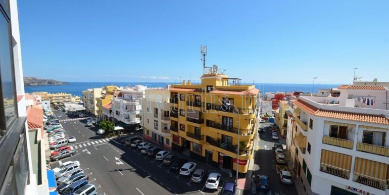 penthouse-for-sale-playa-san-juan-500-meters-beach-guia-de-isora-tenerife-38687-1230-01