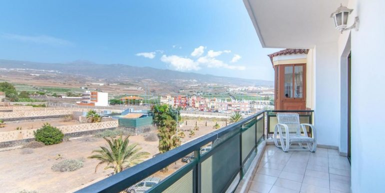 penthouse-for-sale-playa-san-juan-500-meters-beach-guia-de-isora-tenerife-38687-1230-08
