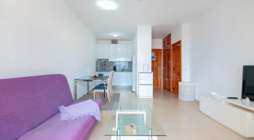 1-bedroom-apartment-for-sale-in-playa-paraiso-tenerife-38678-0109-07