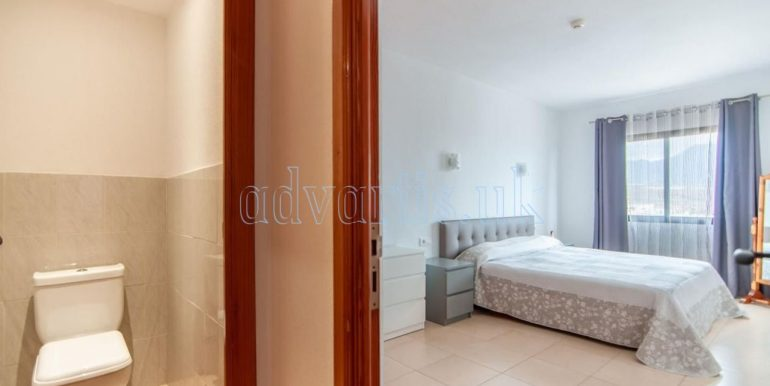 1-bedroom-apartment-for-sale-in-playa-paraiso-tenerife-38678-0109-13