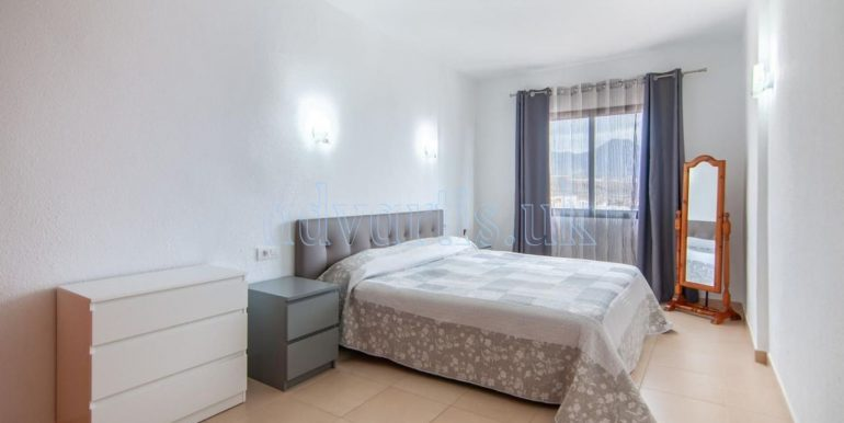 1-bedroom-apartment-for-sale-in-playa-paraiso-tenerife-38678-0109-14