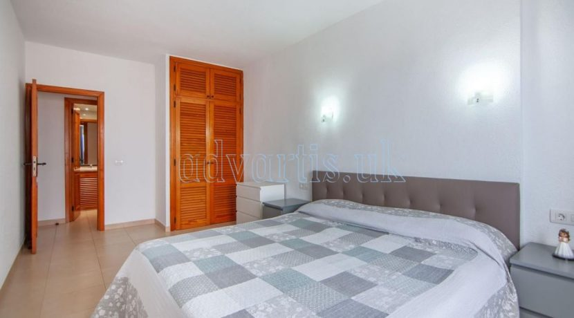 1-bedroom-apartment-for-sale-in-playa-paraiso-tenerife-38678-0109-15