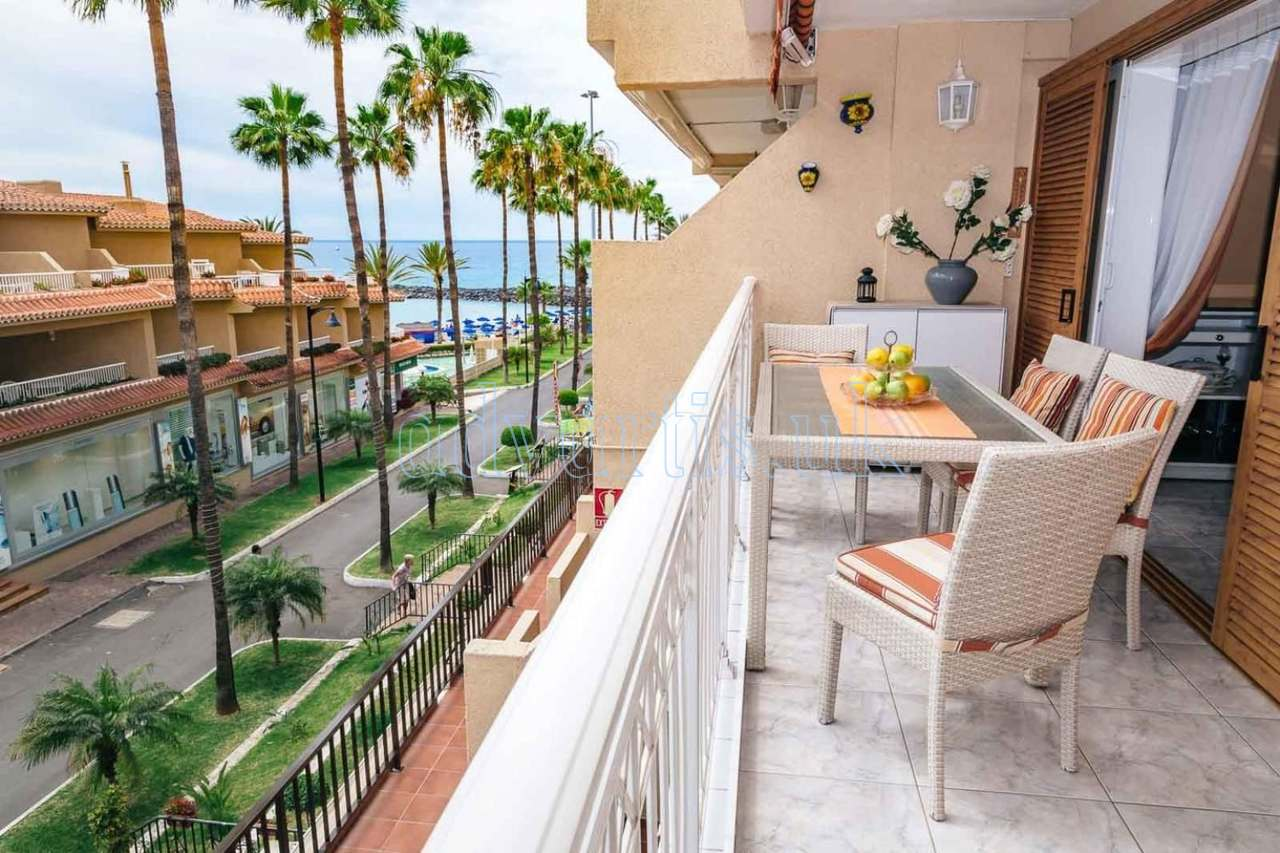 Seafront apartment for sale in Las Americas, Tenerife, Spain €395.000