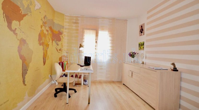 4-bedroom-apartment-for-sale-in-tenerife-los-cristianos-38650-0509-24