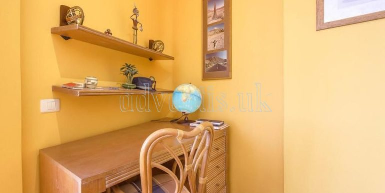 duplex-apartment-for-sale-in-playa-del-duque-costa-adeje-tenerife-spain-38679-0517-20