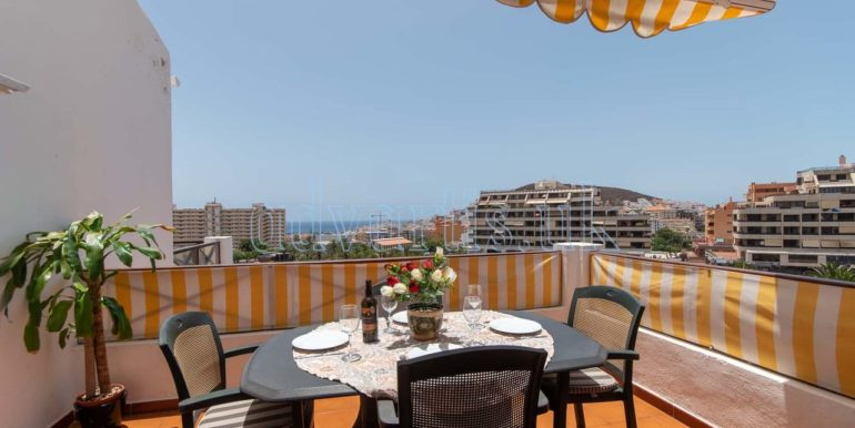 1 bedroom holiday apartment to rent in Los Cristianos Tenerife Spain