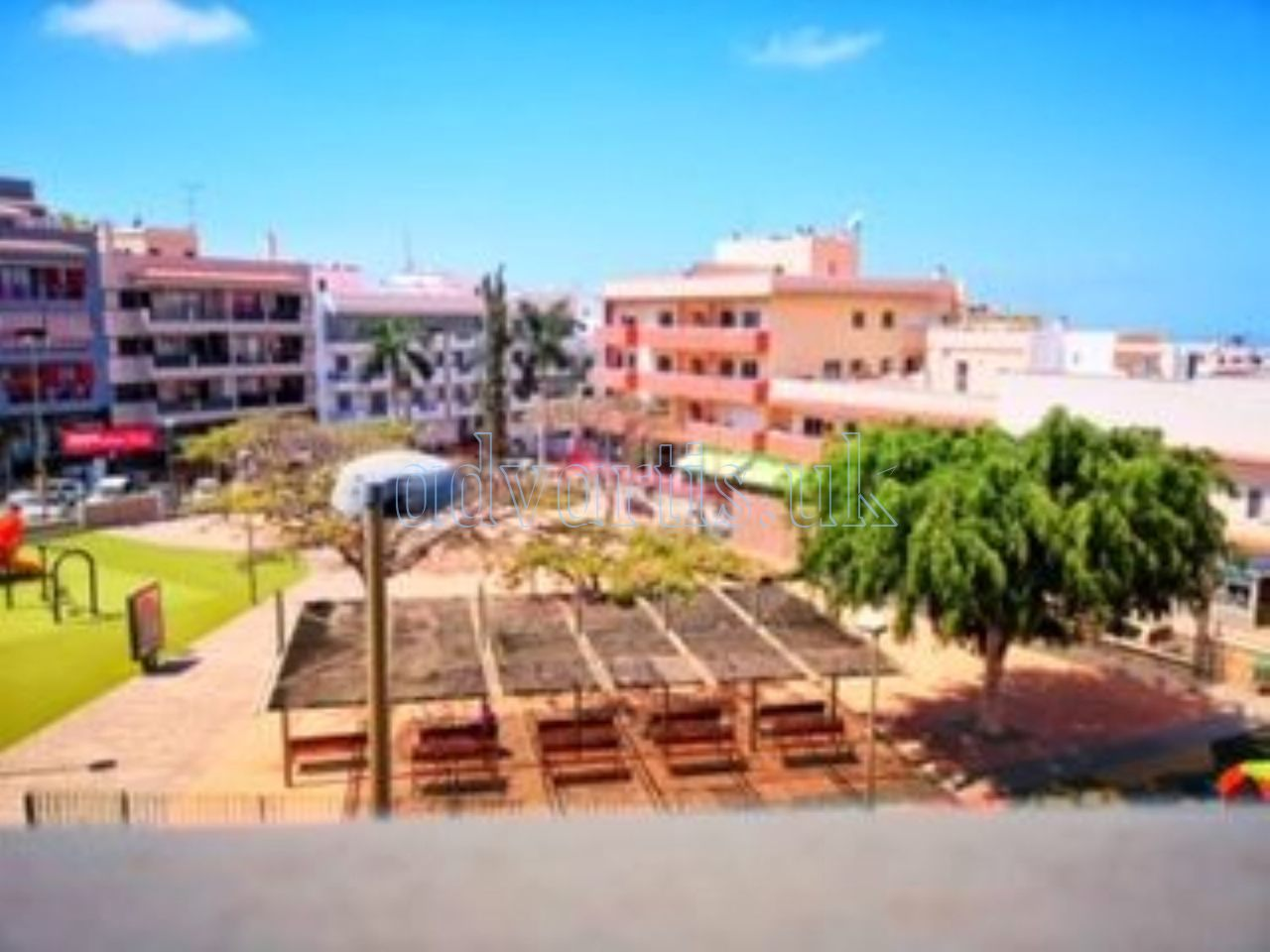 2 bedroom apartment for sale in Adeje, Tenerife €159.000